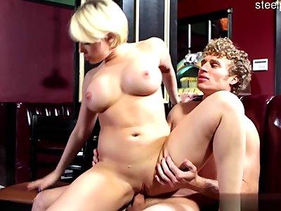 Big boobs pussy ballsucking