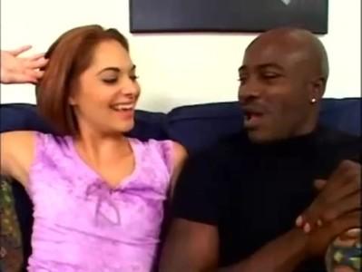 Sexy teen amateur gets interracial cock